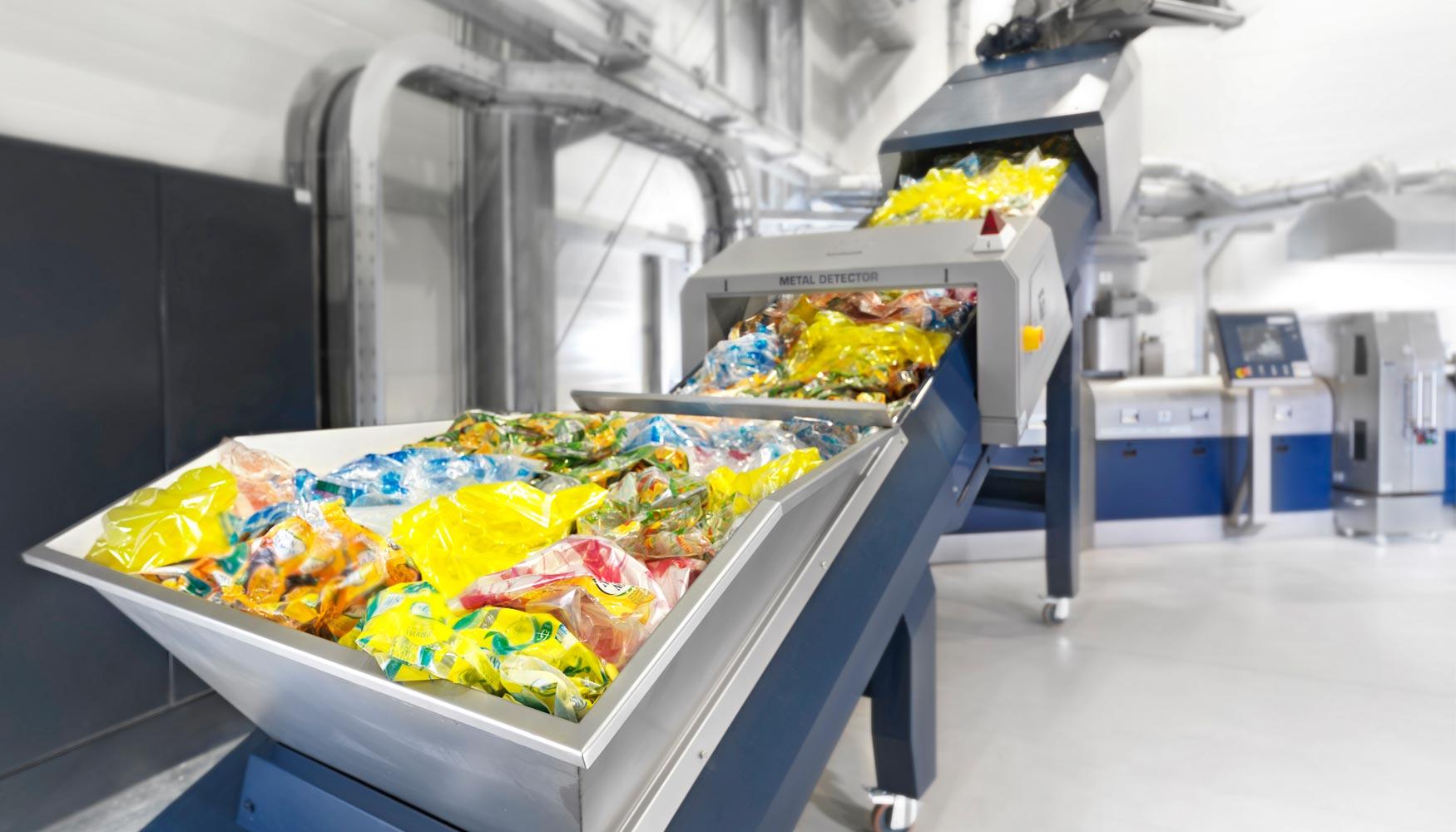 Calidad en muestras de plástico; análisis mediante el FTIR