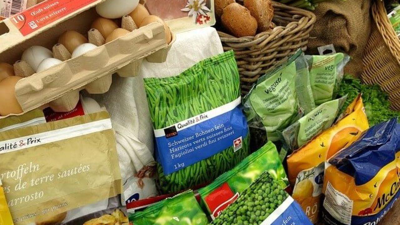 ¿Qué requisitos debo cumplir al momento de producir y exportar productos alimenticios?