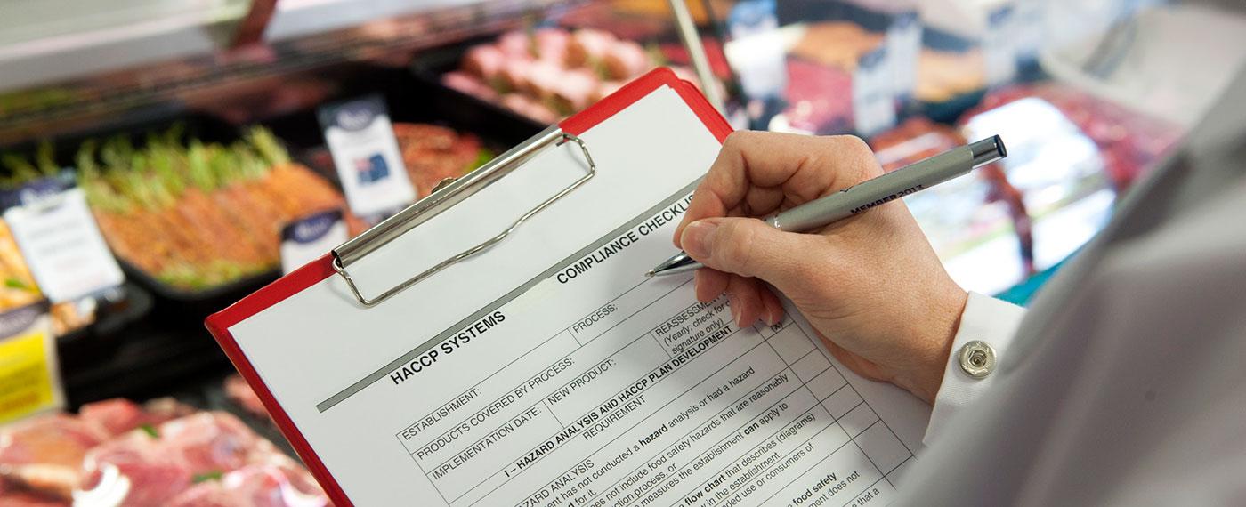 ¿Puedo cumplir con los estándares globales de calidad que exige la industria alimenticia?